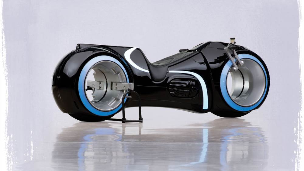 img1 3 - Fully-Functioning TRON Light Cycle Replica Sold for $77,000