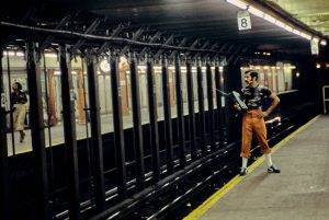 hell on wheels new york underground photography 80s 6 5912ba23a0ea1  880 300x201 - hell-on-wheels-new-york-underground-photography-80s-6-5912ba23a0ea1__880