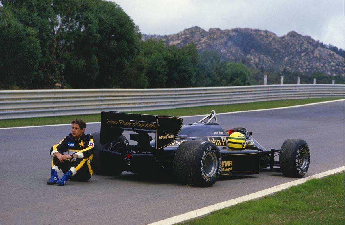 senna - Retro Motors Feature - Motorsport