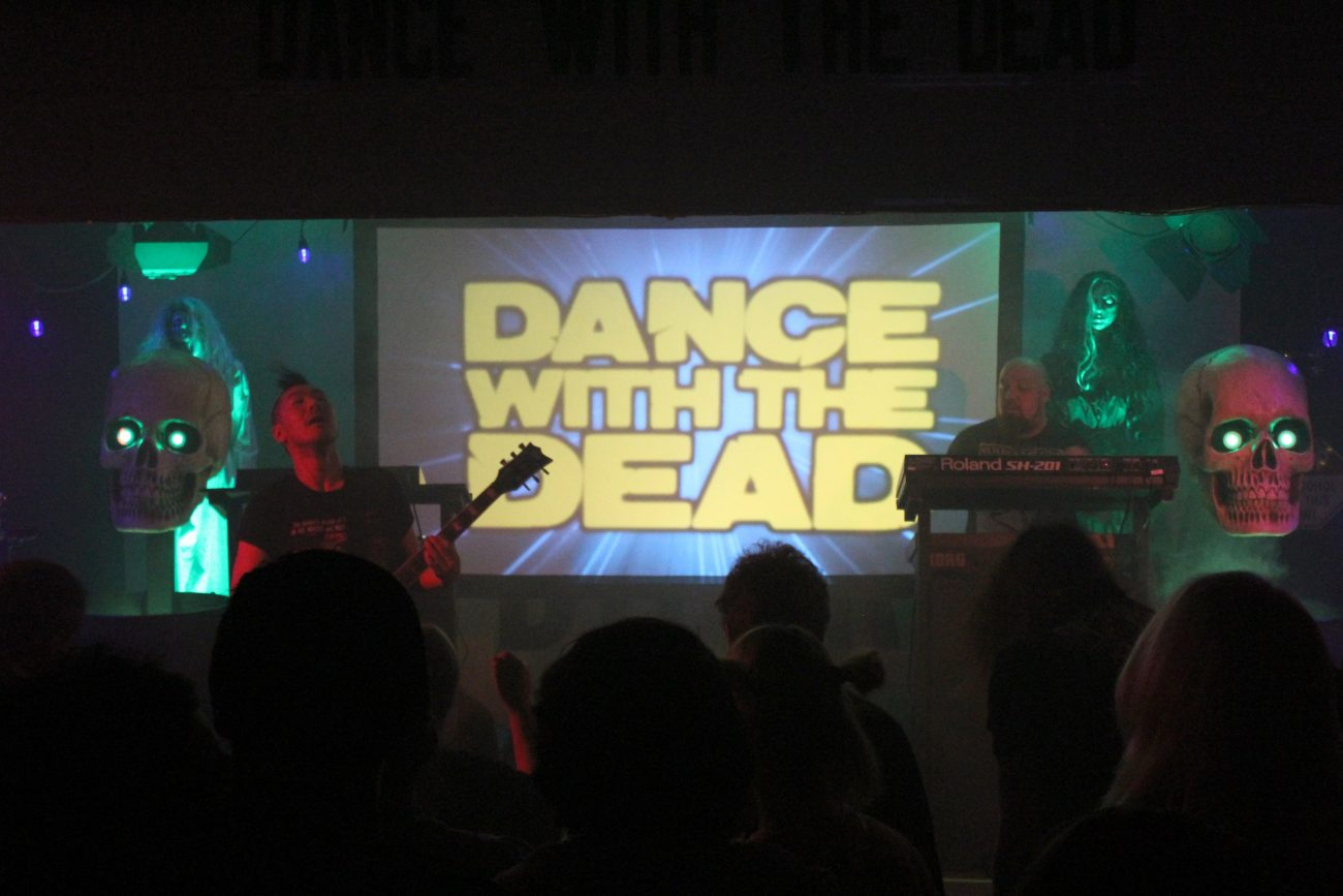 IMG 79192 1300x867 - Dance With The Dead and Daniel Deluxe Show Recap