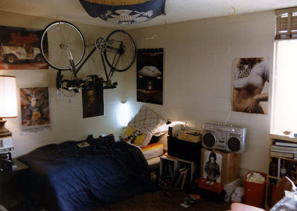 02580sbedr - Retro GOLD - 80s Teen Bedrooms