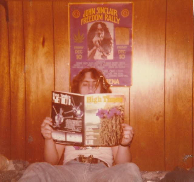 80s Teenagers in Their Rooms 9 - Retro GOLD - 80s Teen Bedrooms